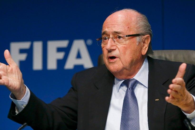 Allikad: Blatter teeb lobitööd FIFA presidendivalimiste edasilükkamiseks