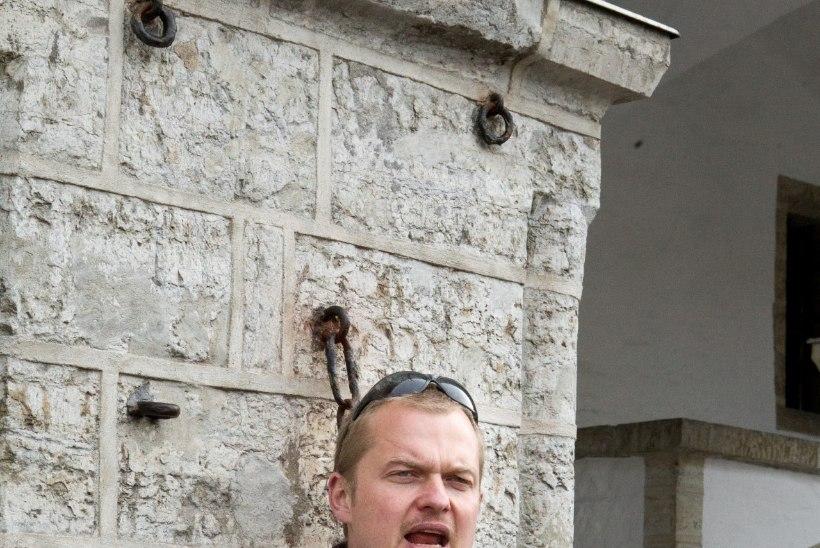 GALERII | Jaak Juske raamatuesitlusele järgnes tutvus kummitusmajadega