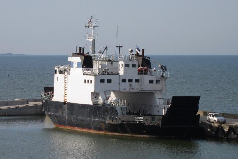 Vormsi liinil alustab esmalt reisidega parvlaev Harilaid