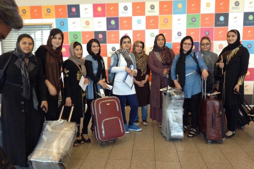 FOTOD | Eestisse saabus õppima kümme Afganistani ämmaemandat