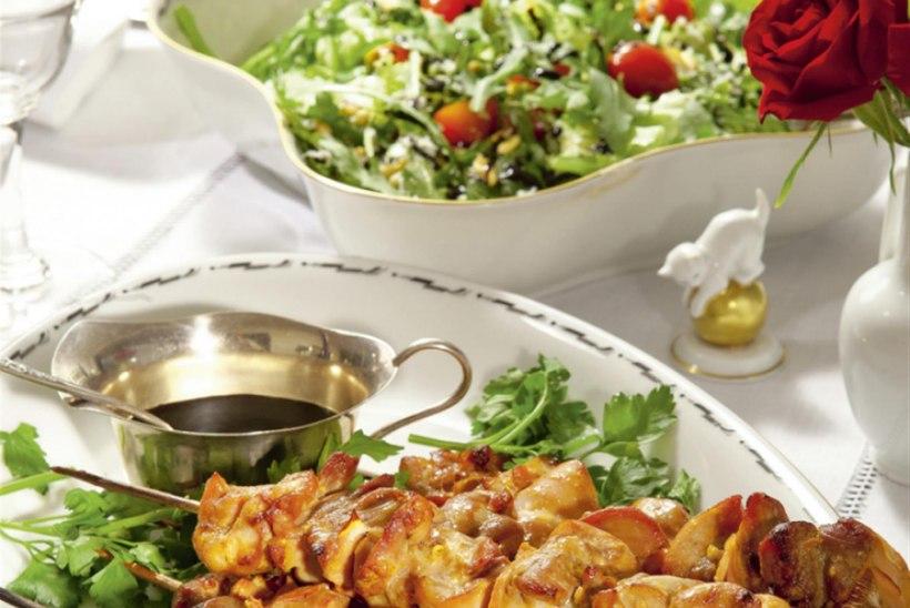 Värske salat Pecorino'ga