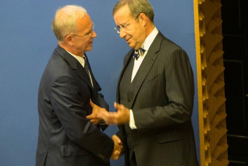 Eiki Nestor kiidab presidendi otsust loobuda 9.mai paraadist Moskvas