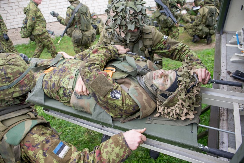 SUUR GALERII | Sõdurid harjutasid Siilil linnalahingut