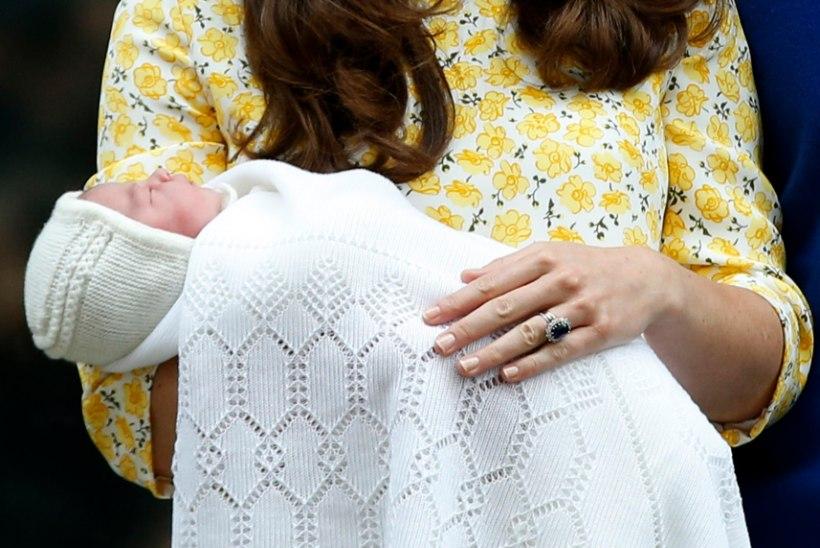 Middletonid jäetakse kõrvale? Kihlveokontorid ennustavad printsess Charlotte'i risitvanemateks prints Williami nõbusid