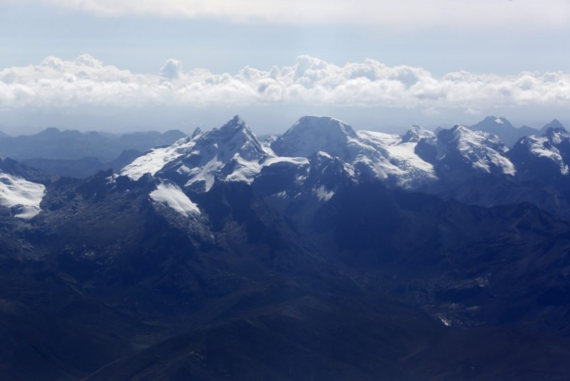 Peruus peatati kadunuks jäänud kolme Eesti alpinisti otsingud ajutiselt
