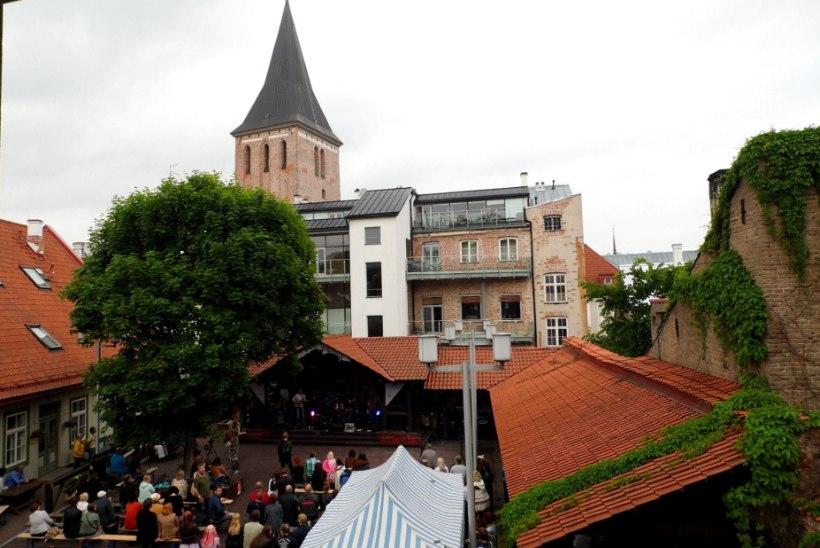 GALERII | Emajõe Bluus vallutas Tartu vanalinna
