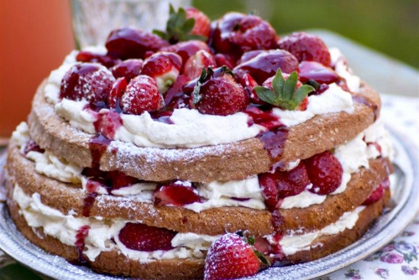 Maasika-mascarponetort veinikastmega