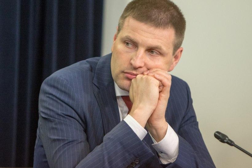 Hanno Pevkur: põgenikke saab ka välja saata