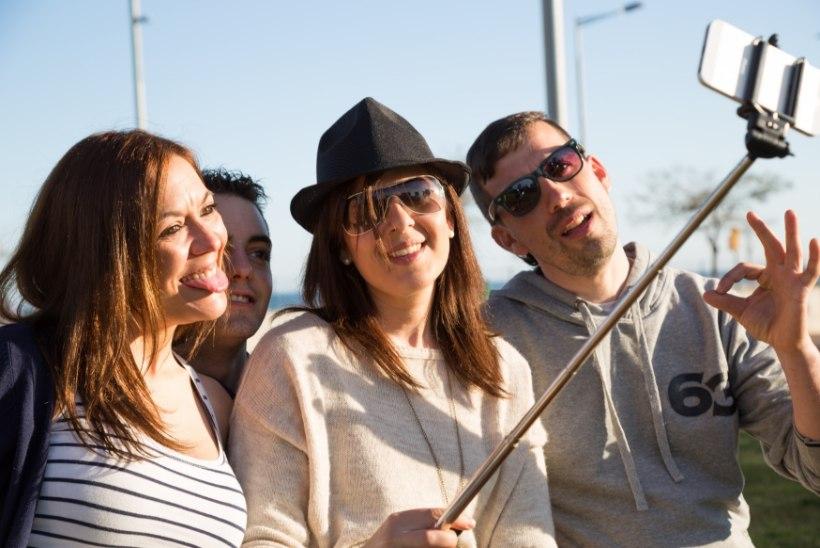 MODERNNE TEADUS: Tallinna ülikoolis kaitstakse reedel doktoritööd selfie'de tegemisest