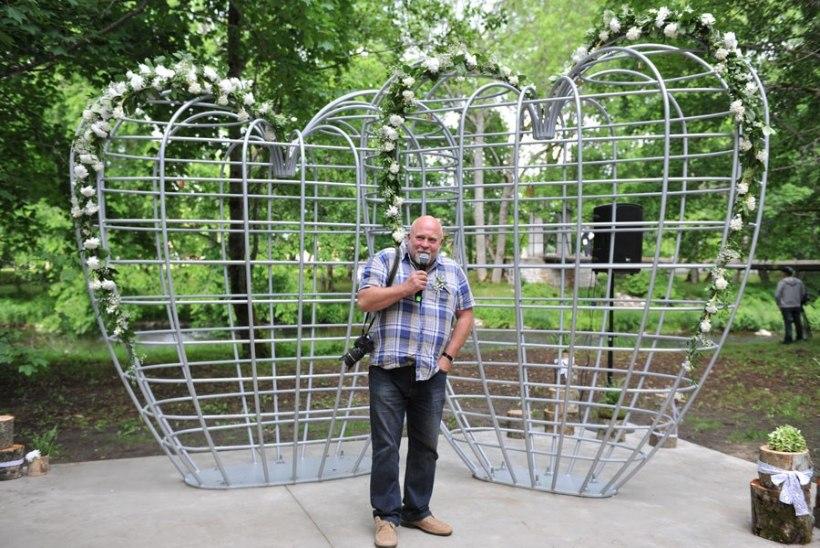 GALERII | Keila-Joa pargis avati skulptuur armastusele
