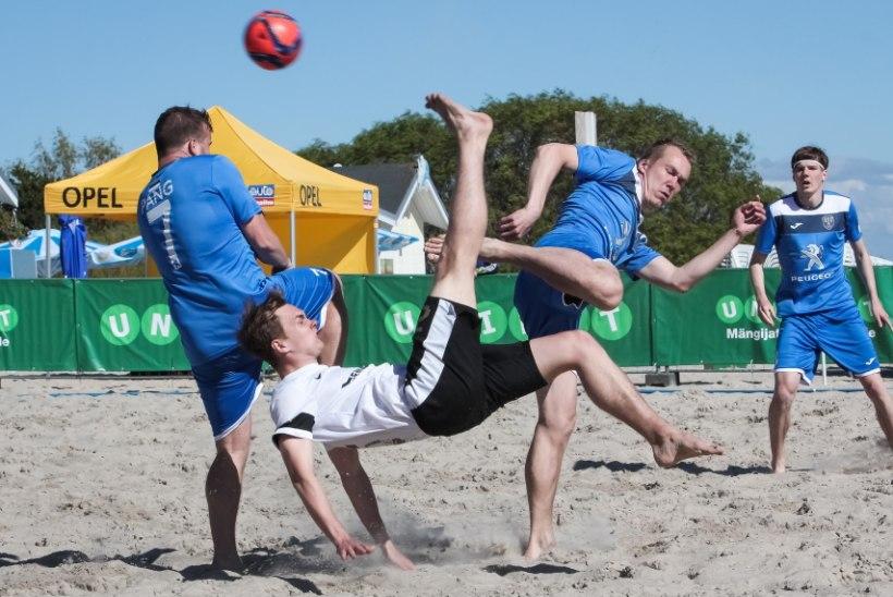 Rannajalgpall on rannajalgpall, mitte rannaliival mängitav jalgpall
