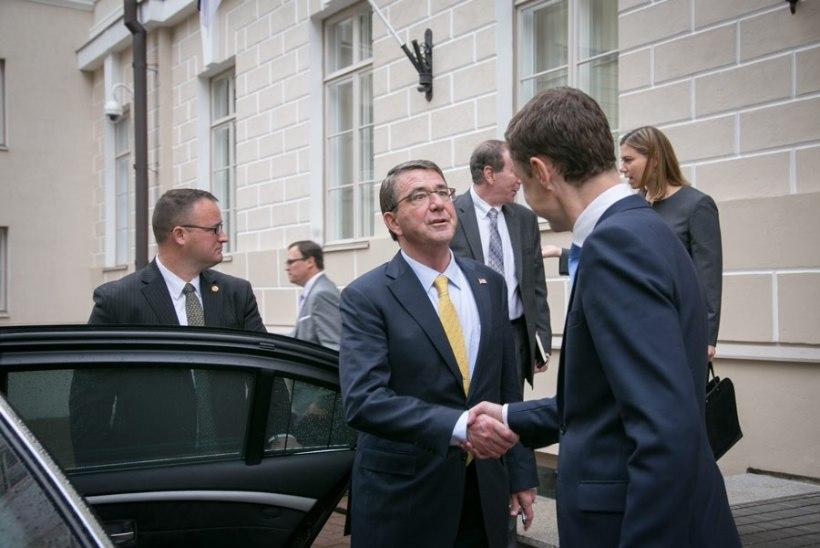 FOTOD | Rõivas kohtumisel Carteriga: USA kohaloleku suurendamine on Eestile oluline