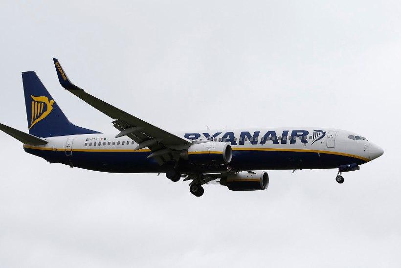 Ryanairi lennuk tegi Varssavis pommiähvarduse pärast hädamaandumise