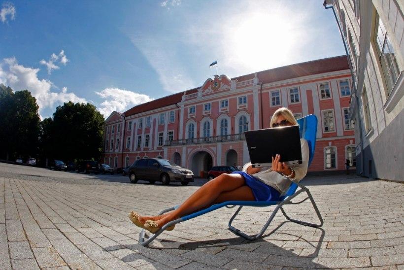 RIIGITEENIJATE RASKE SUVI: kuidas riigikogu 24/7 tööle hakkas ja ametlikult suvepuhkuseta jäi
