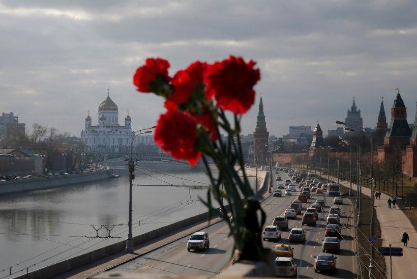 Interfax: Moskva jõest leiti relv, millega võidi tappa Boriss Nemtsov