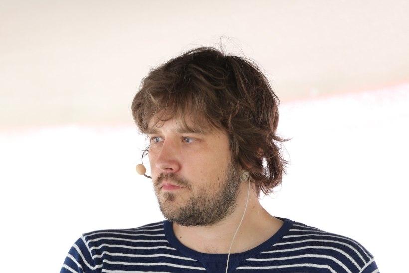 Henrik Roonemaa lahkub ajakirja Digi peatoimetaja kohalt: ühtegi kindlalt töölauda ja tooli ei ole, kuhu ma 1. septembrist maha istuks