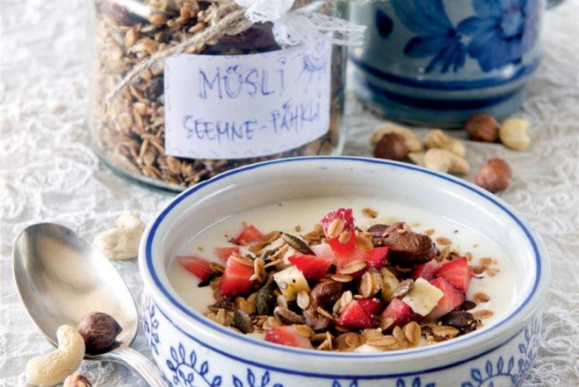 Seemne-pähklimüsli kookosõliga