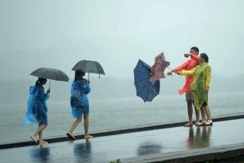 GALERII: Hiinas on taifuuni eel evakueeritud pea miljon inimest
