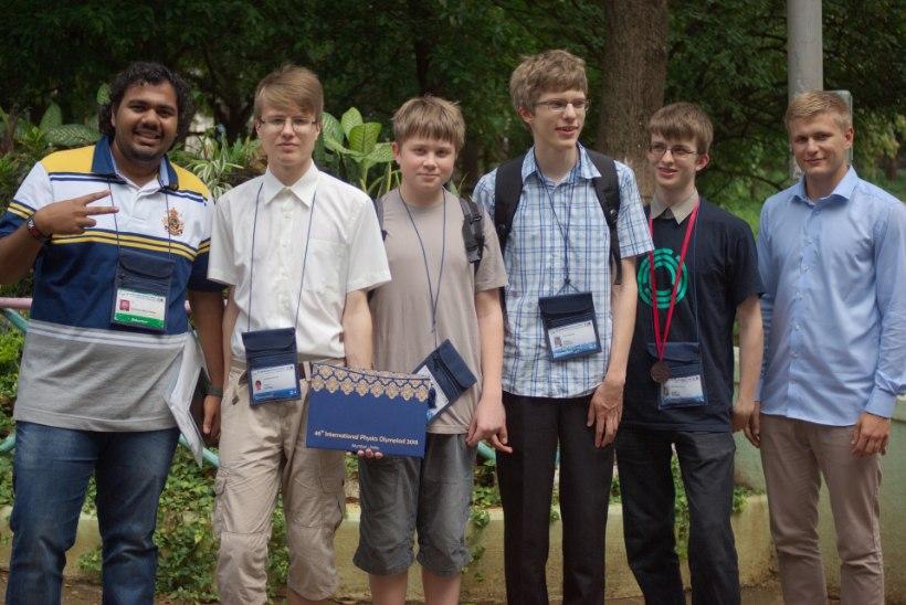 FOTOD | Eesti noormees sai rahvusvahelisel füüsikaolümpiaadil kuldmedali