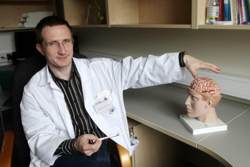 Kes diagnoosib peavalu paremini: kas arvuti või arst?