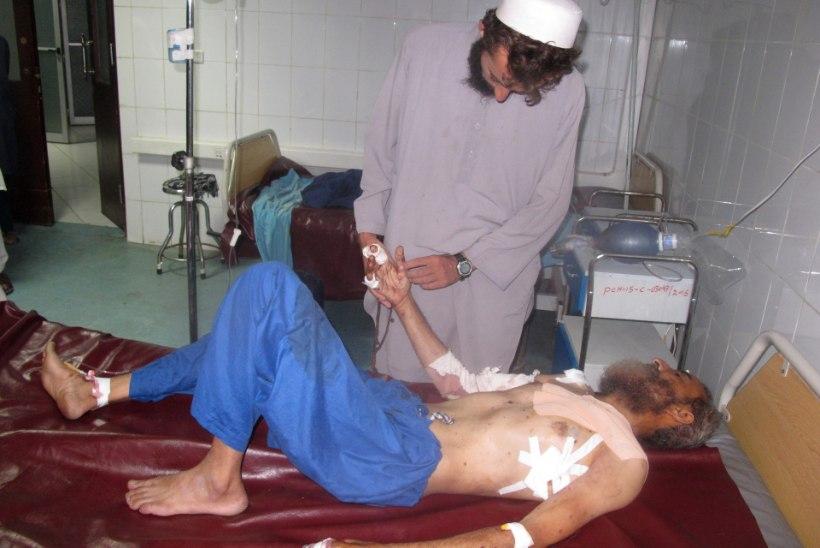 FOTOD | Afganistanis ründas enesetaputerrorist endist CIA baasi, hukkunute seas olid peamiselt naised ja lapsed