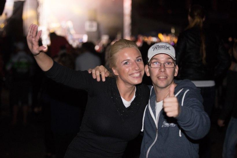SUUR GALERII | Scooter hullutas Tartu lauluväljakul tuhandeid fänne
