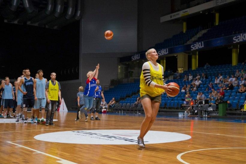 Korvpallikoondis andis avatud treeningul fännidele aimu, kuidas EMiks valmistutakse