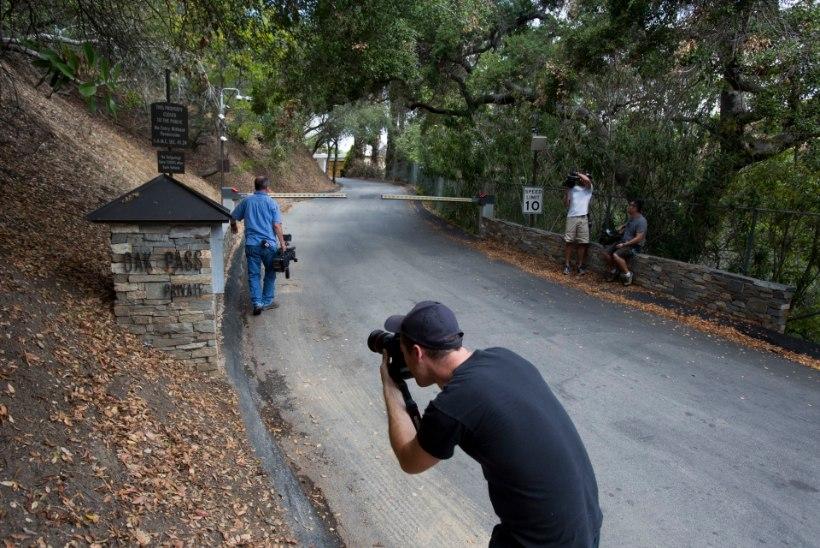 FOTOD | Demi Moore, kelle basseinist leiti surnud noormees, rahustas närvi Prada ja Lanviniga