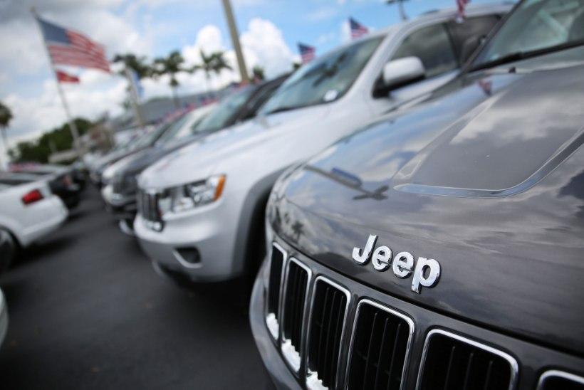 HÄKKIMISOHT: Fiat Chrysler kutsub tagasi 1,4 miljonit turvaauguga autot