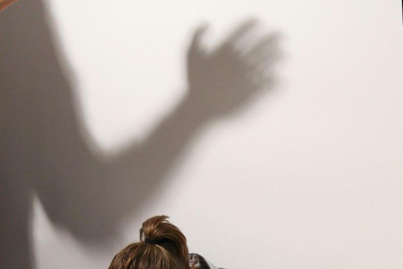 OHVER: lõpeta hala ja käitu nagu naine, ütles vägistaja ja keeras ukse lukku