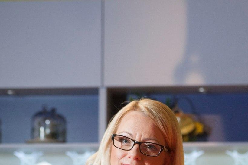 """""""Köögis käis kobin ja sahin. Läksin vaatama ja laua alt hüppas mulle siga vastu."""""""