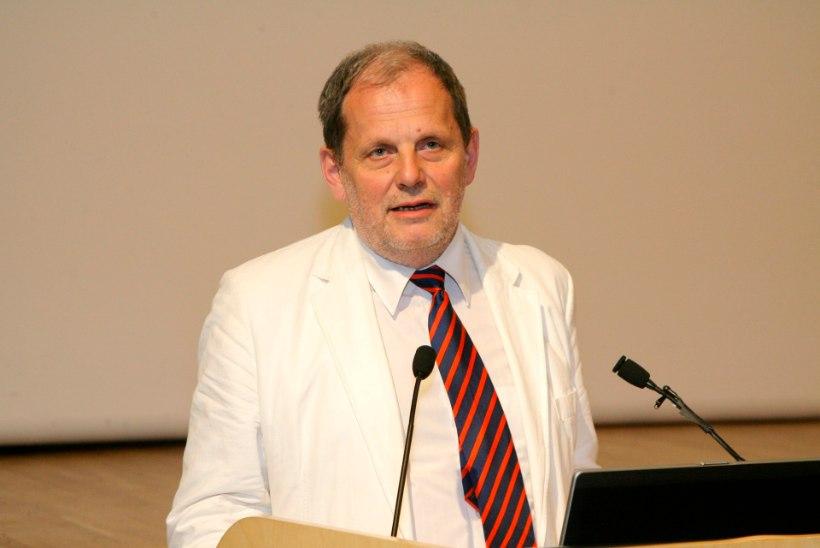 Peeter Ernits andis riigikogu liikme ametivande