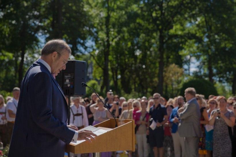 President Ilves taasiseseisvumispäeva kõnes: Kohver mõisteti range režiimiga vangilaagrisse päev enne Eesti rahva pidupäeva – vaevalt see ajaline kokkulangemine kuidagigi juhuslik oleks