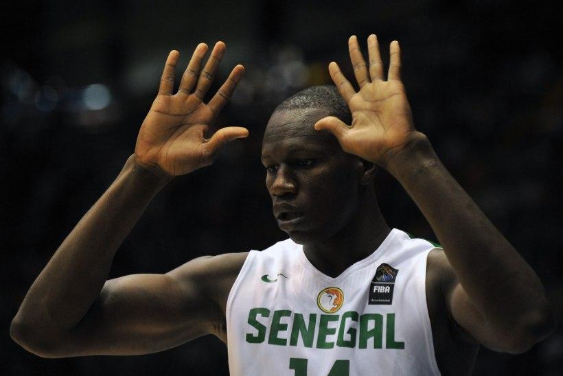 VIDEO | Aafrika korvpallimeistrivõistlustel selgusid poolfinalistid