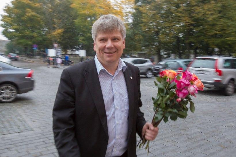 Jaak Aaviksoo koha riigikogus saab Siim Valmar Kiisler