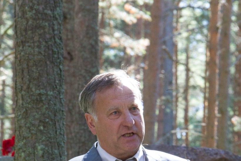 "GALERII JA ""REPORTERI"" VIDEO   Hüvastijätt Endel Lippmaaga"