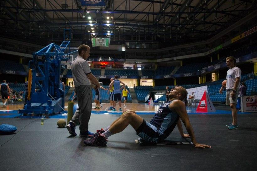 MIS PARATA: vigastatud Timo Eichfuss praagiti EM-koondisest välja