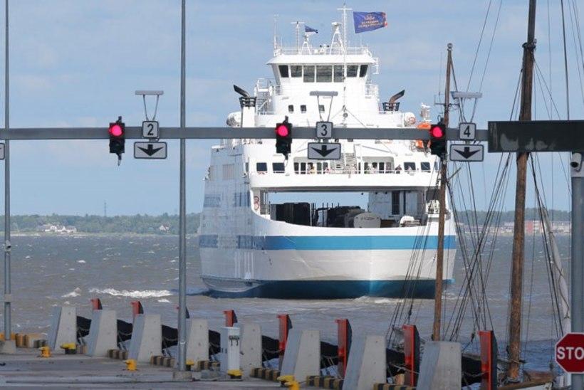 Parvlaev Saaremaa suundub Saksamaale, Kuivastu-Virtsu liinil seilavad Hiiumaa ja Ionas
