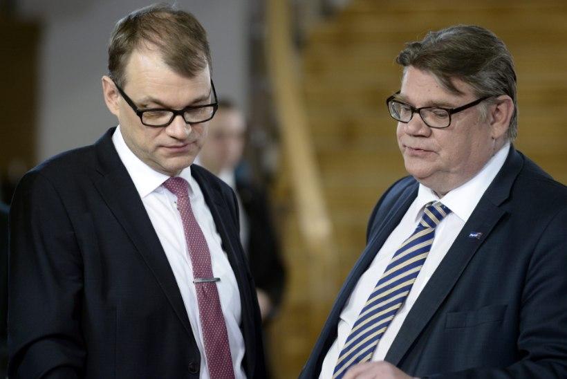 Soome ministrid loobuvad ühe nädala palgast