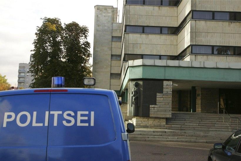 Kaht Leedu kodanikku süüdistatakse Eestis mitmes autovarguses