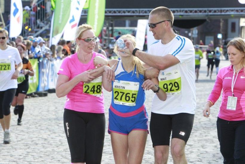 GALERII | Üle 3000 jooksuhuvilise alustas Tallinna Maratoni poolmaratoni. Kas ka sinu sõber, tuttav või sugulane?