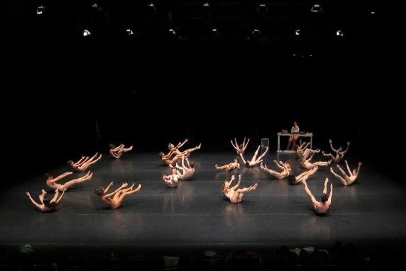 RIIDED SELJAST JA LAVALE: Vaba Lava sünnipäeval astub publiku ette paarkümmend porgandpaljast tantsijat