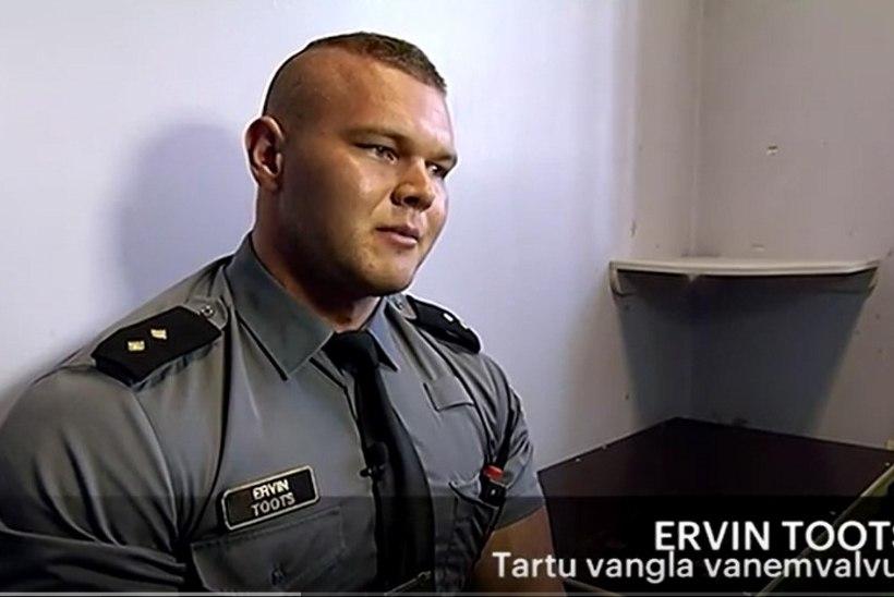 """""""RADARI"""" VIDEO   Kui palju sööb ja mida teeb tööl Eesti parim vangivalvur?"""
