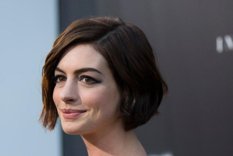 Hathaway'st saab uus Poppins?