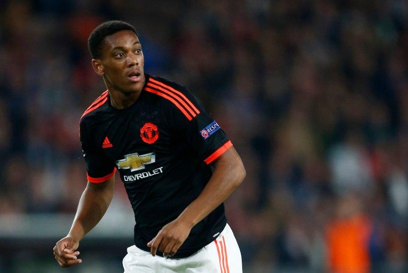 Machester Unitedi legend: Martial peaks Rooney asemel rünnakul olema