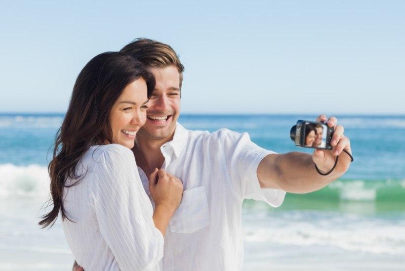 SEGADUSES NAINE: video, mistõttu selfie tegemine agaralt väheneb...