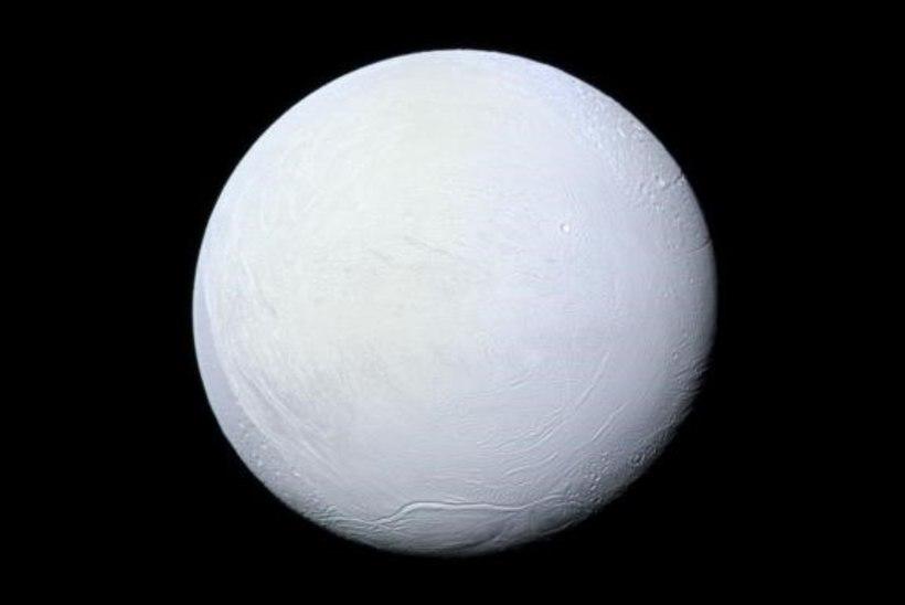 Saturni kaaslase jäisel pinnal laiub määratult suur ookean