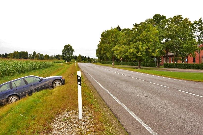 PILTUUDIS | Kooli lähedal driftijad kihutasid teelt välja