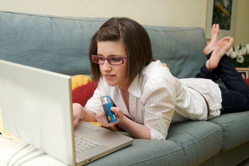 10 märki, mis viitavad, et sa oled veebis šoppamisest sõltuvusse sattunud!