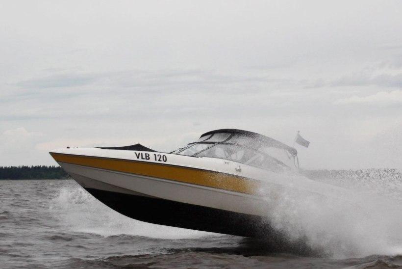 FOTOD | Naaritsa meresõit lõppes loomaaias